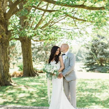 Chantelle & Barry Barn Wedding in Whites & Greens
